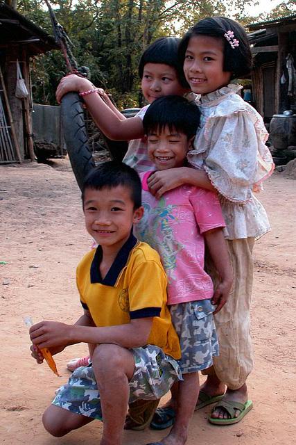Playing kids in Baan Koog, Na Haew