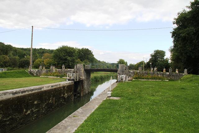 Ecluse et pont de Beaumoulin - Canal du Loing