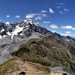 Panorama Sulden mit   Königsspitze - Zebru - Ortler  (von links)