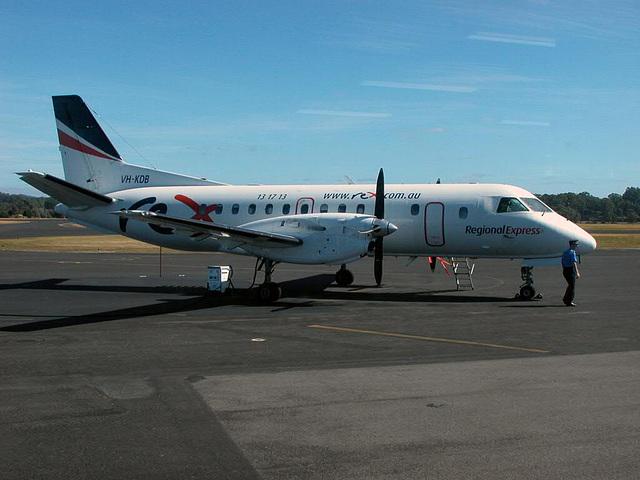 Rex Air, the flight connection to Tasmania