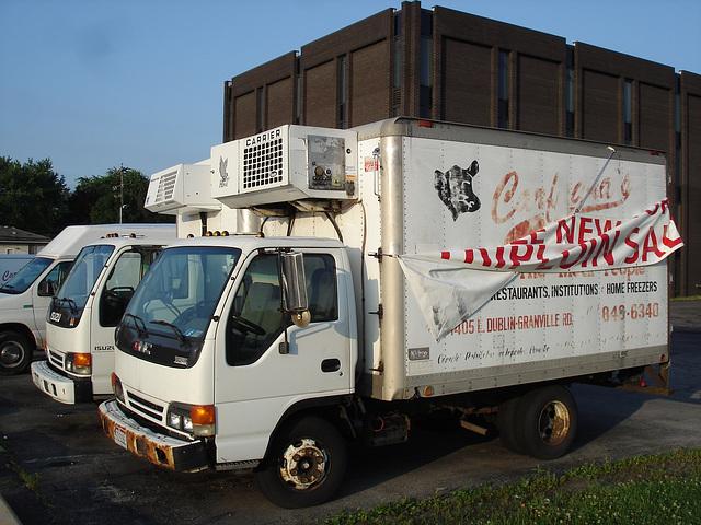 Camions de livraison / Delivery trucks  - Columbus, Ohio. USA. 25 juin 2010.