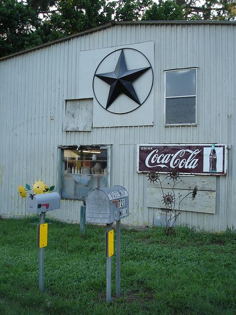 Antiquités texanes / Texan antiques - Jewett, Texas. USA - 6 juillet 2010