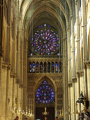 P9274358ac Reims Cathedral Fascinating Nave and West Roses