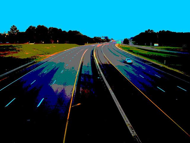Autoroute texane /  Texan highway - Hillsboro, Texas. USA - 27 juin 2010.- Postérisation avec ciel bleu photofiltré