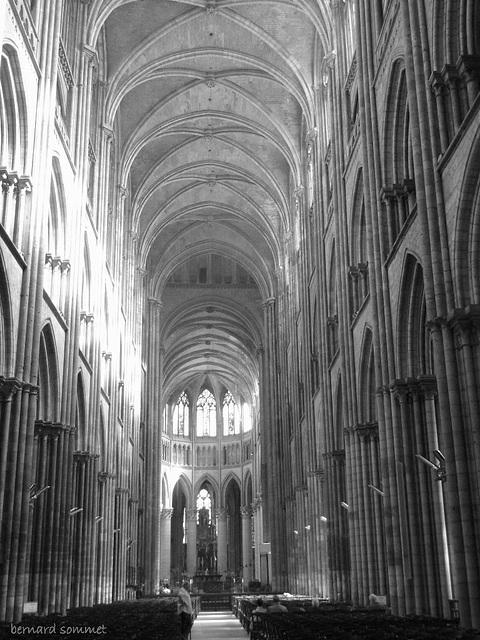 Cathédrale de Rouen, le nef vue de l'entrée