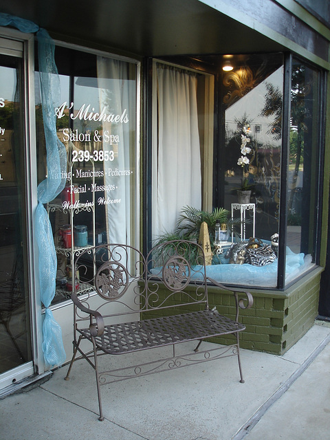 A Michaels salon & spa / Bastrop, Louisiana. USA - 8 juillet 2010.