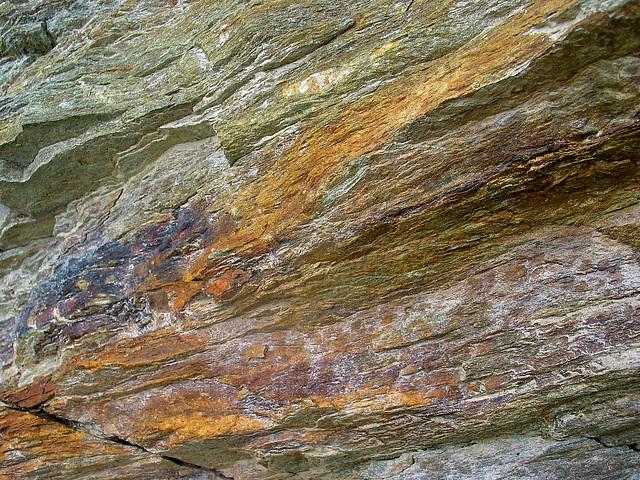 Skylodges an einer felswand : Ipernity strukuren und farben einer felswand entlang