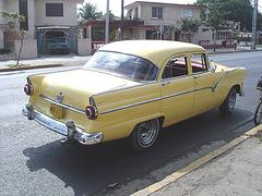 Ford  / Varadero, CUBA - 5 février 2010