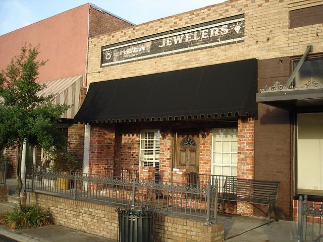 Green jewelers / Bijouterie verte - Bastrop. Louisiane. USA - 8 juillet 2010.