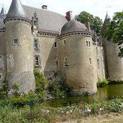 chateau de Lys Saint Georges
