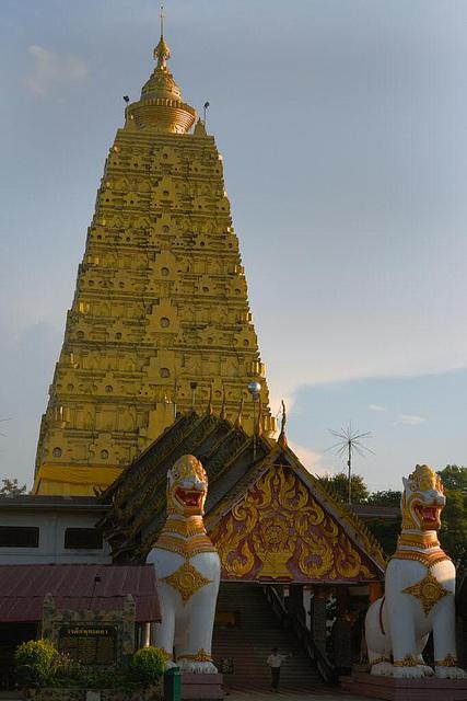 Chedi at Wat Wang Wiwekaram in Sangklaburi