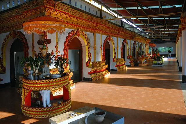Inside Wat Wang Wiwekaram