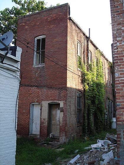 Maison à peindre / House for painting - Pocomoke/ Maryland, USA - 18 juillet 2010.