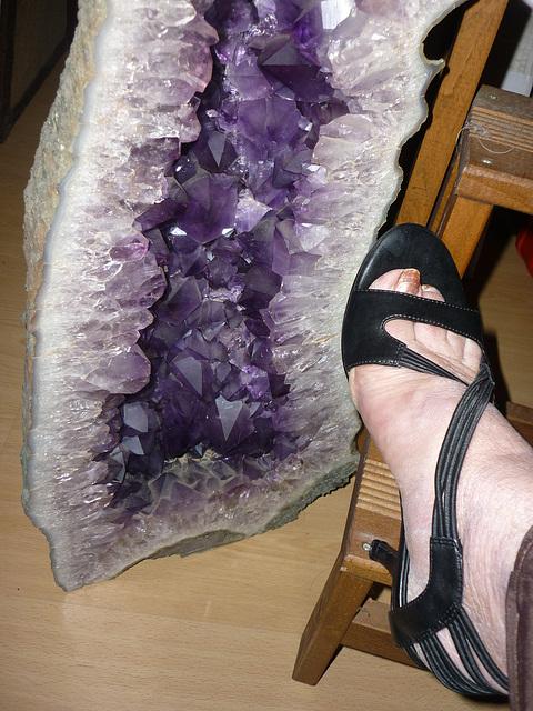 Talons hauts et pieds sexy / Sexy feet and high heels - Améthyste et podoérotisme / Podoerotism and amethyst - Création Krisontème.