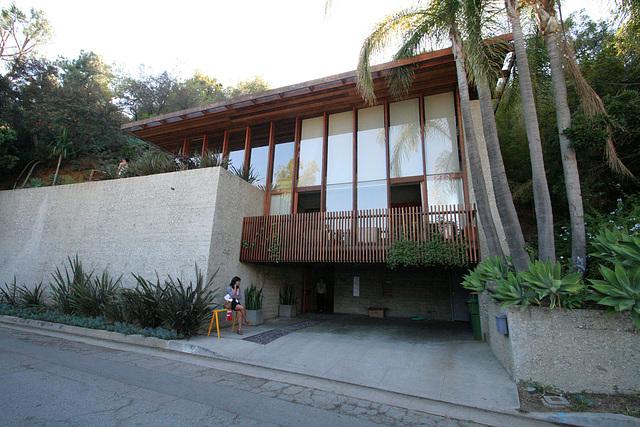 Hillside House (7892)