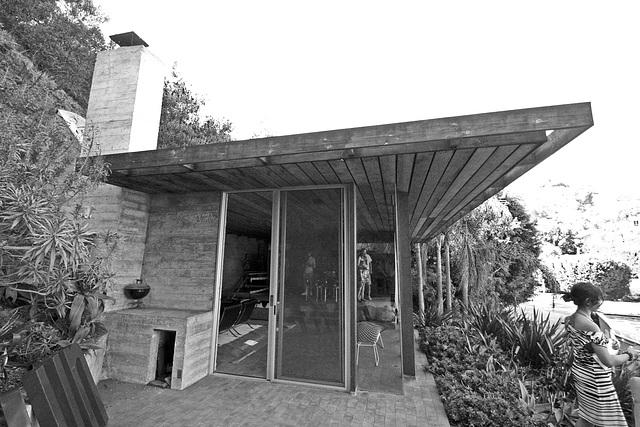 Hillside House (7916A)