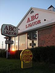 Liquor & Tires / Pneus et alcool