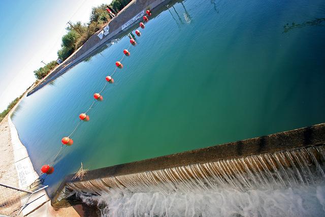Coachella Canal Near Slab City (8033)