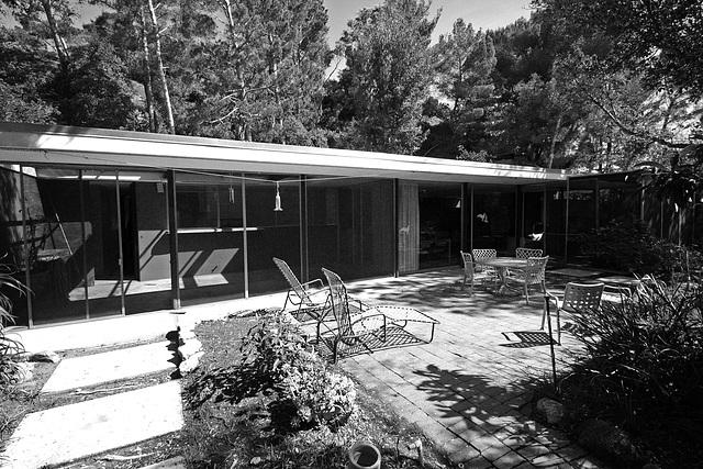 Shulman House 10-10-10 (7669A)