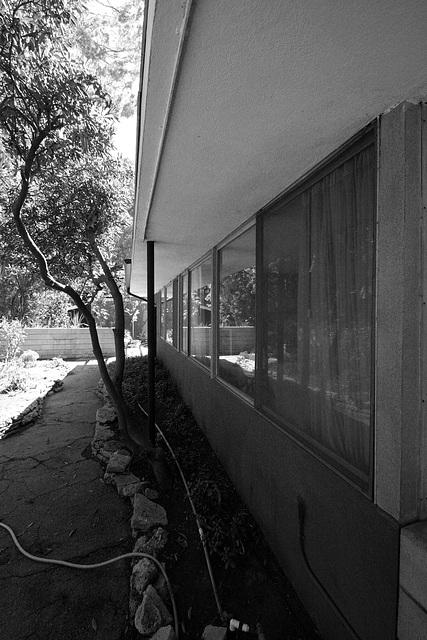 Shulman House 10-10-10 (7672A)
