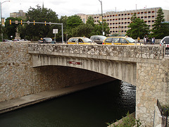 Market street bridge /  San Antonio, Texas. USA - 30 juin 2010.