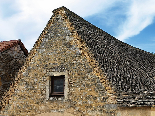 PA092813ac Unblievable Stone Slate Roof