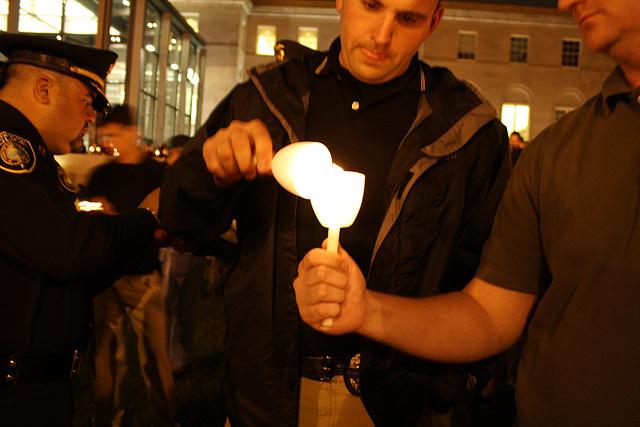 06.22ndCandlelightVigil.NLEOM.WDC.13May2010