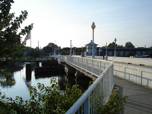 Le pont de Pocomoke's river bridge / Pocomoke, Maryland. USA - 18 juillet 2010