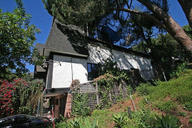 Frank Zappa House (7708)