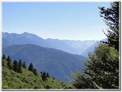 Brume de chaleur sur la haute vallée de l'Ariège