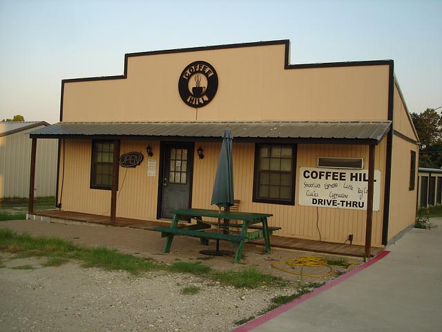 Coffee Hill drive thru / Jewett, Texas. USA - 6 juillet 2010
