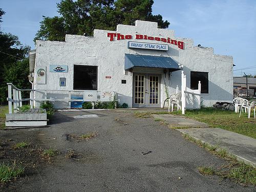 Restaurant religieux / Religious restaurant - Bastrop, Louisiana. USA - 8 juillet 2010