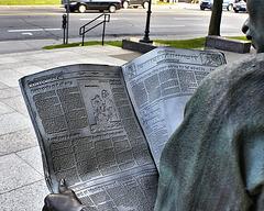 Reading Over His Shoulder – Sherbrooke and Greene, Westmount, Québec