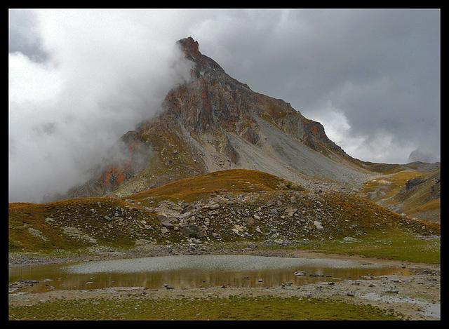 Le lac de l'Oronaye à sec...........!
