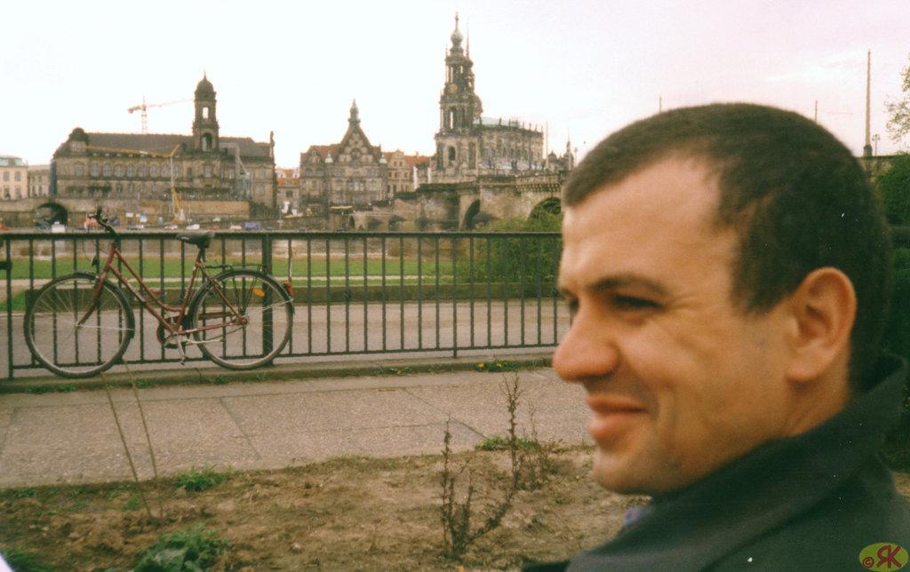 2000-04-18 11 Uwe en Dresdeno