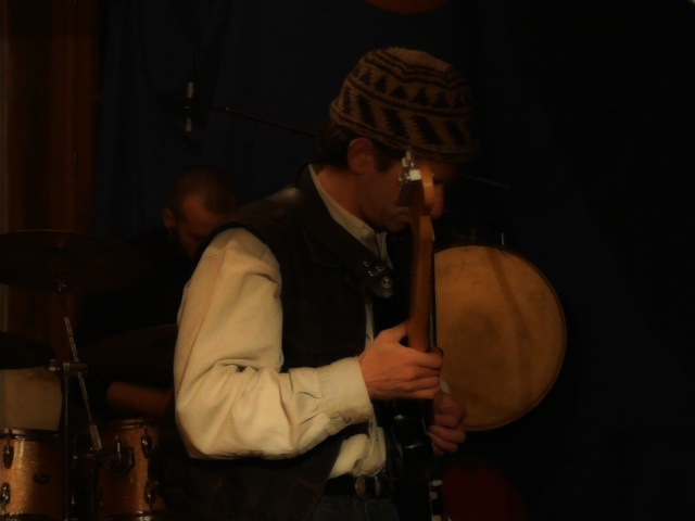 Lagartijo,le petit tambour du chat-man