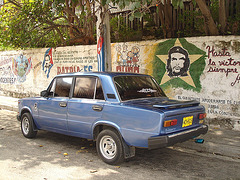 Che's victorious car