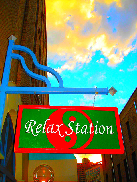 Relax station /  San Antonio, Texas. USA - 29 juin 2010. Couleurs ravivées