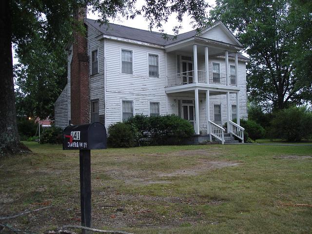 La maison numéro 141 /  House 141 - Hamilton, Alabama. USA - 10 juillet 2010