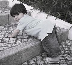Little Friend Tiago, first difficulties