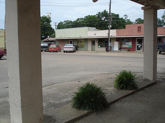 Mc Gregor's barber shop / Vandarman, Mississippi. USA - 9 juillet 2010