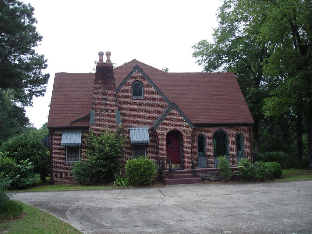 Maison de briques / Brick house  / Hamilton, Alabama. USA - 10 juillet 2010