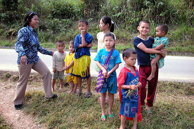 Meeting Karen kids outside the refugee village Mae La