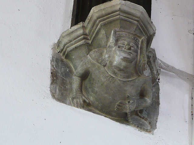 finchingfield church, essex, c15 roof corbel of a woman with her beads