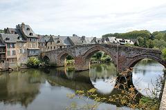 le pont vieux ( chemin de compostelle )