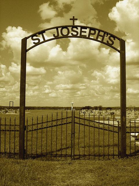 St-Joseph's cemetery / Texas. USA - 5 juillet 2010 - Sepia