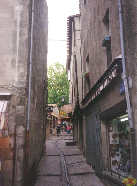 1998-08-04 057 UK Montpeliero