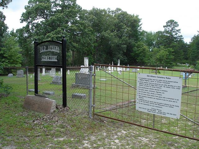 Old Athens cemetery /  Athens, Louisiana. USA - 7 juillet 2010