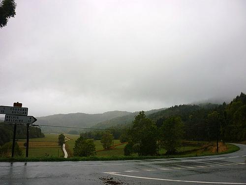 Vers Espezel un jour d'orage