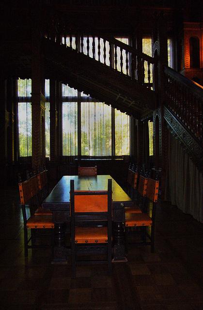 Villa Hügel - unter der Treppe